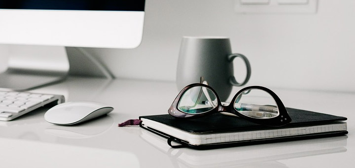 Acheter ses lunettes avec verres progressifs sur internet plutôt qu en  boutique physique 8d6bc0f47744