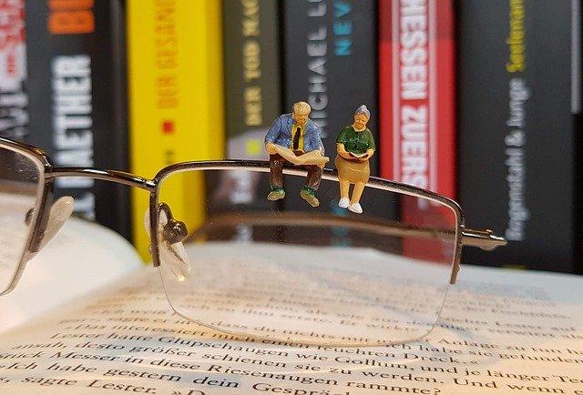 book, read, miniature figures